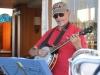 Jean-Aubert on Banjo and guitar