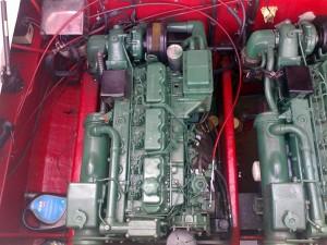 Cougar 35 engineroom