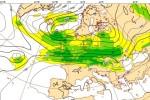 The ECMWF forecast chart for 0001 Monday 22 December 2014